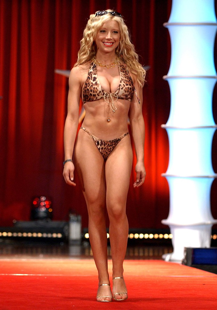 Courtney Peldon naked 985