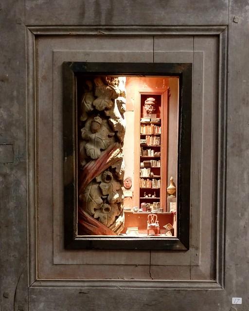 New box sculpture by Peter Gabrielse