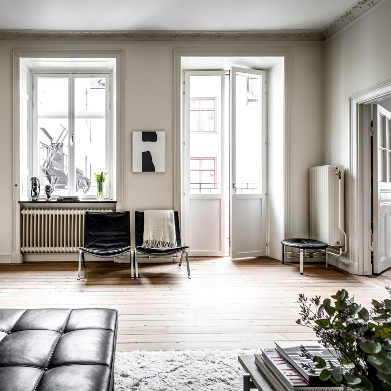 A Fresh and Light-filled Swedish Pad