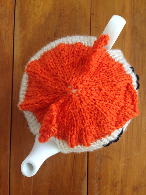 Fox Tea Cozy - FREE PATTERN