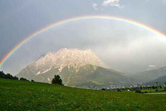 Rainbow over the Zugspitze (2962m), Tirol - Austria (1140077)