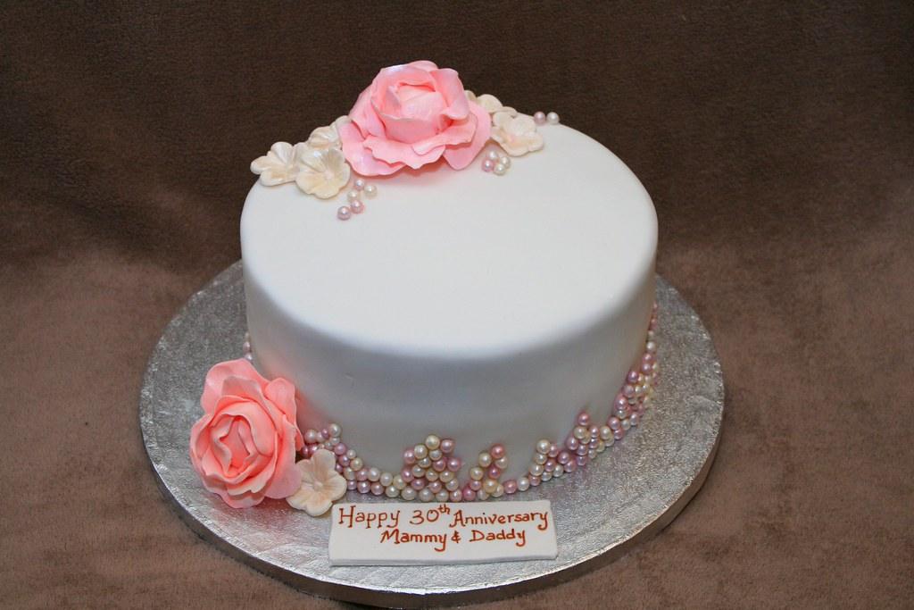 wedding cake for 30 guests 30th wedding anniversary cake eldriva flickr 22703