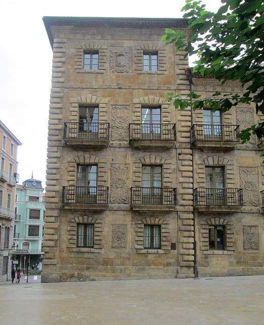 Old Building, Avilés, Decoration