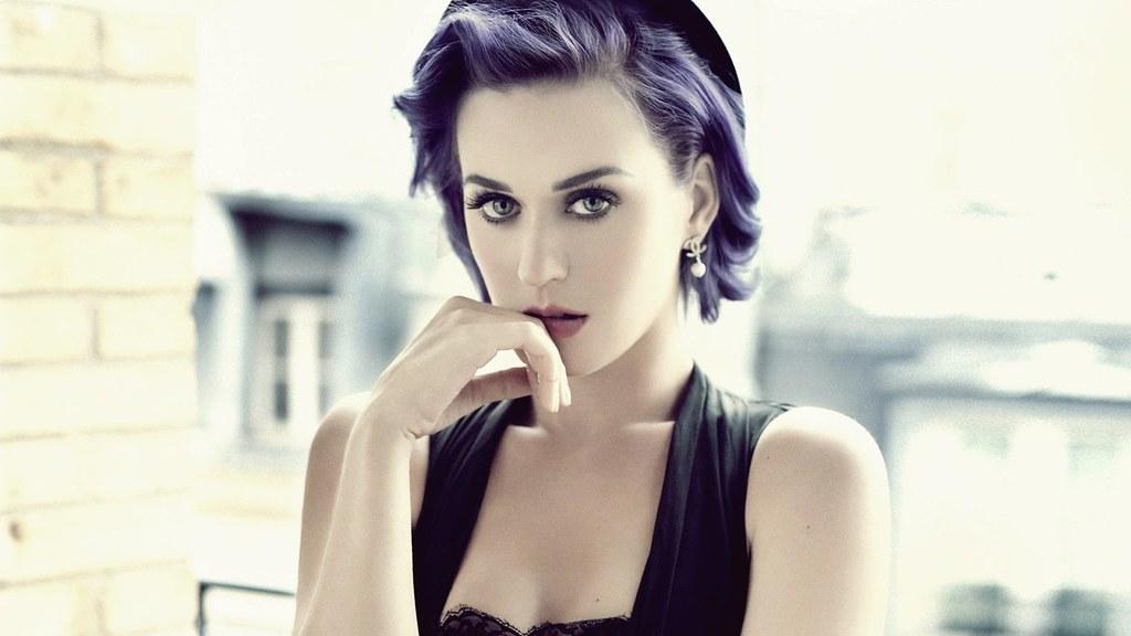 Katy Perry reveals personal struggles during marathon live stream