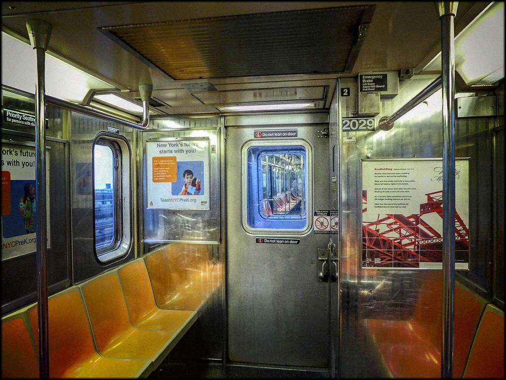 7 train southbound subway car detail car end door 2014 flickr. Black Bedroom Furniture Sets. Home Design Ideas