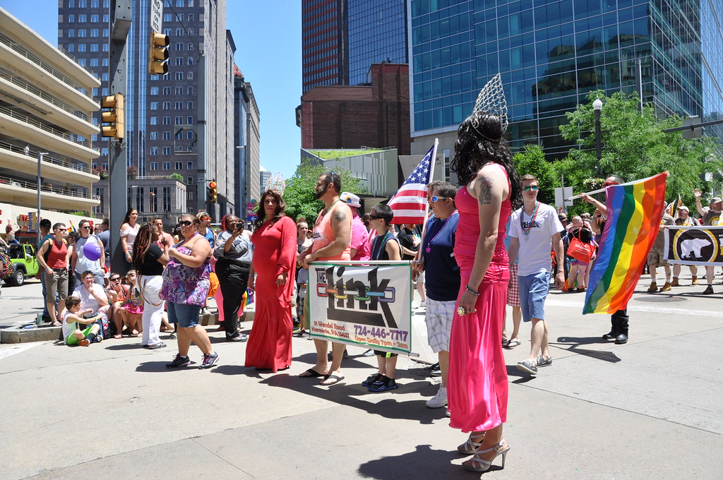 pittsburgh gay pride parade