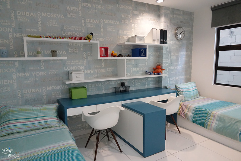 de centrum condo children room