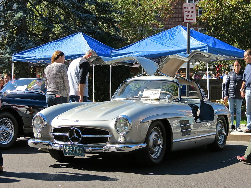 Mercedes 300SL Gullwing at Scarsdale