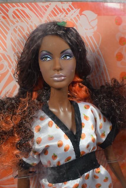 2007 Barbie Top Model Hair Wear Nikki M5799 (1)
