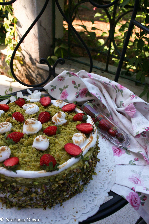 Torta pistacchio e fragole 021