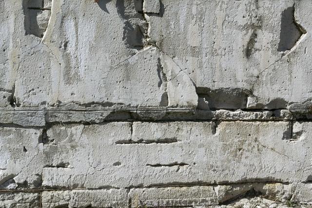33353365352_73d17791bd_z Broken wall