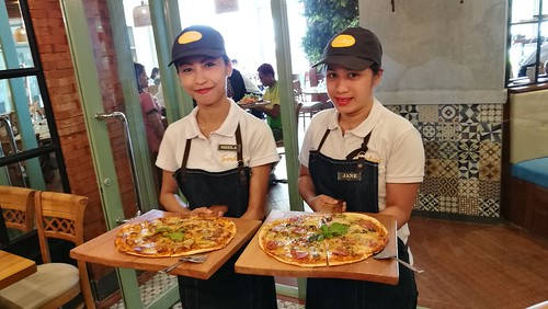 DavaoFoodTripS.com | Pizza - Sundays Modern Home Cooking at Go Hotels Lanang Davao