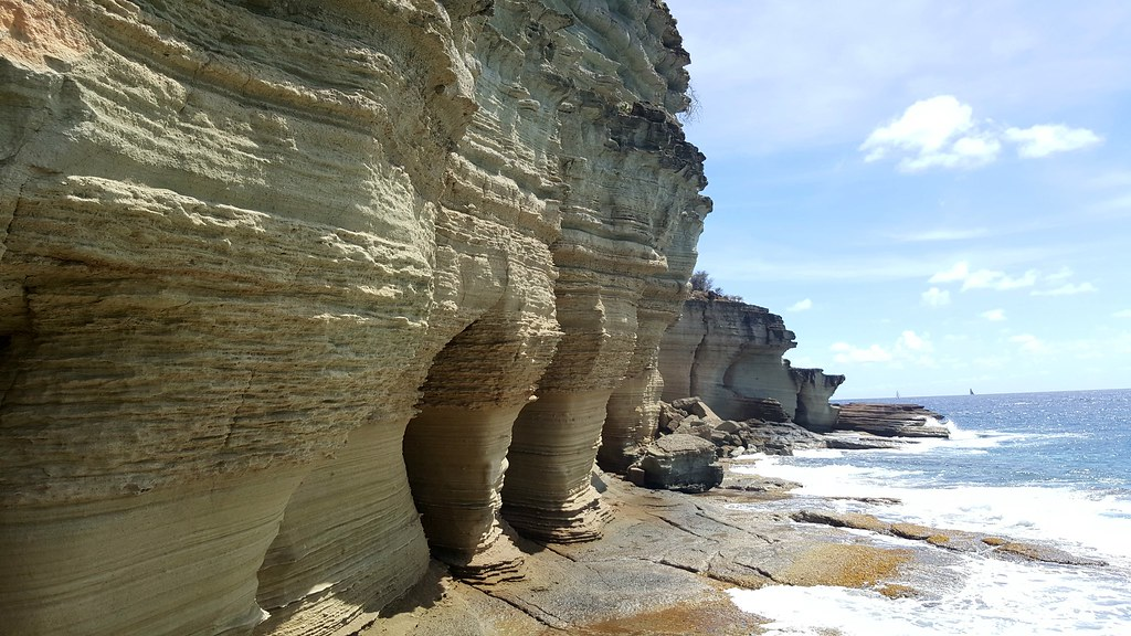 Pillars of Hercules, Antigua