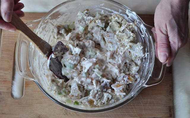 Creamy Ranch Bagel Chicken Salad
