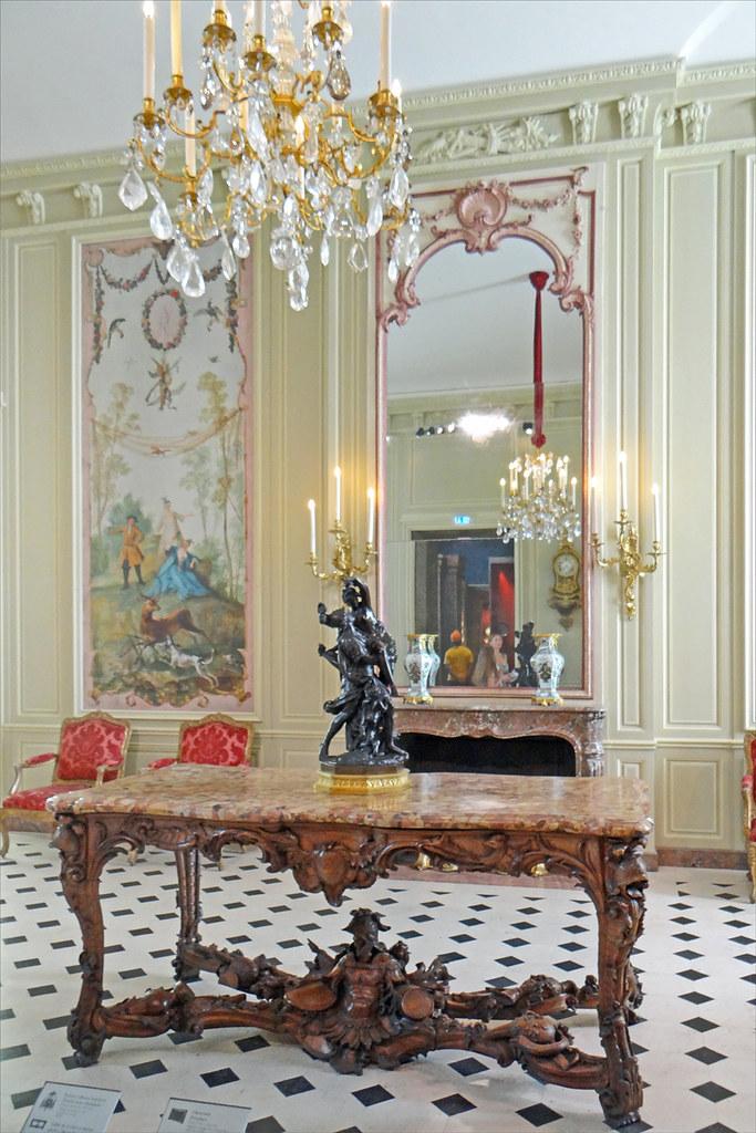 Nouvelle salle du département des objets d'art (Musée du L ...