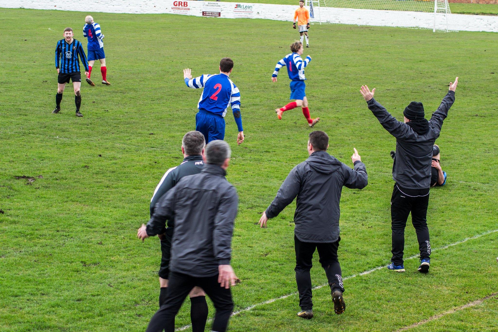 Referee!!!