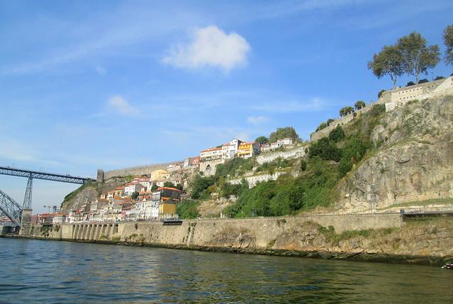 Bank of River Douro, Porto