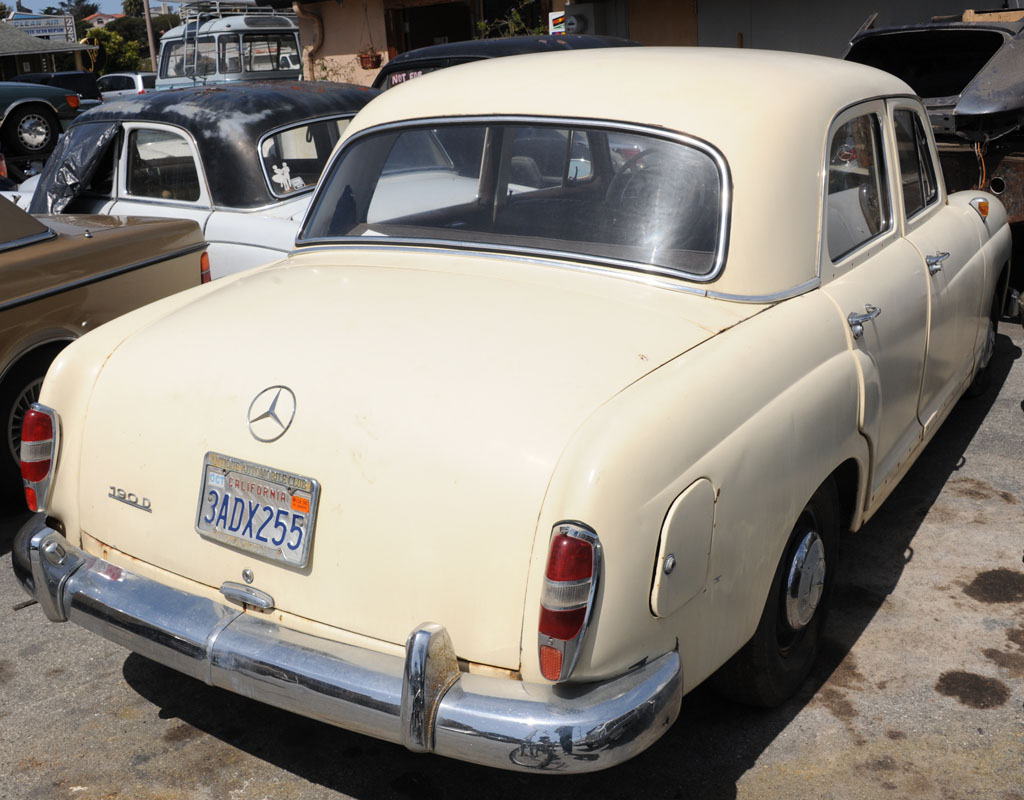 1967 mercedes benz 190d for sale at dodi auto sales 2240 for Mercedes benz 190d for sale