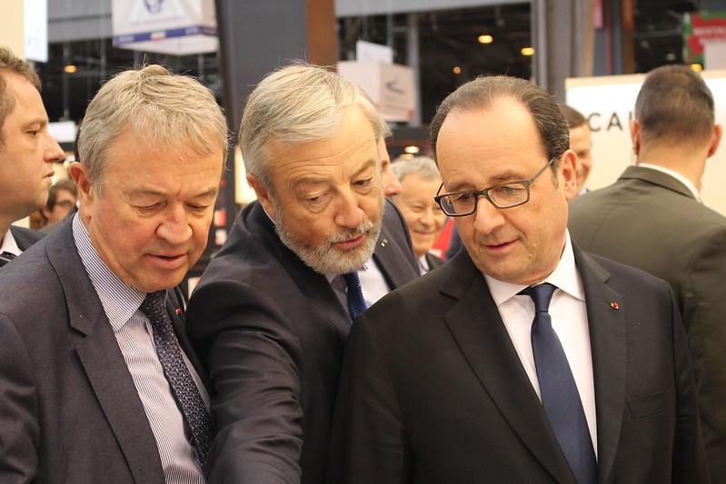 François Hollande au salon Livre Paris 2017