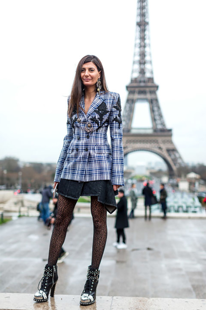 Paris fashion week street style outfit inspiration accessories fashion trend style5