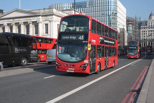 Arriva London DW226 LJ59AEV