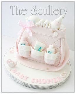 Baby Changing Bag Cake Tutorial
