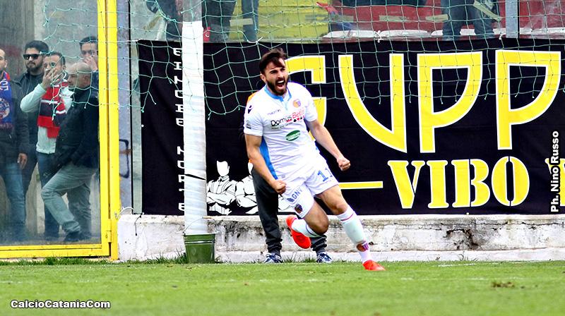La rabbiosa esultanza di Mak Barisic dopo il gol alla Vibonese