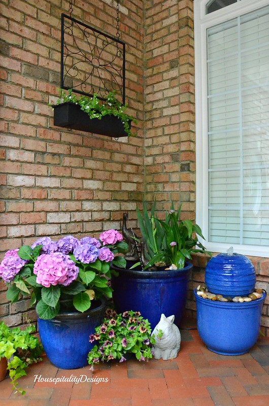 Spring Front Porch 2017-Water Garden-Housepitality Designs