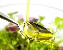olio di oliva cucchiaio