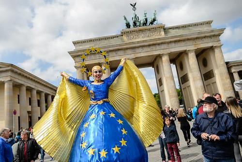 Tag der offenen tuer im europaeischen haus berlin tag for Tag der offenen tur berlin