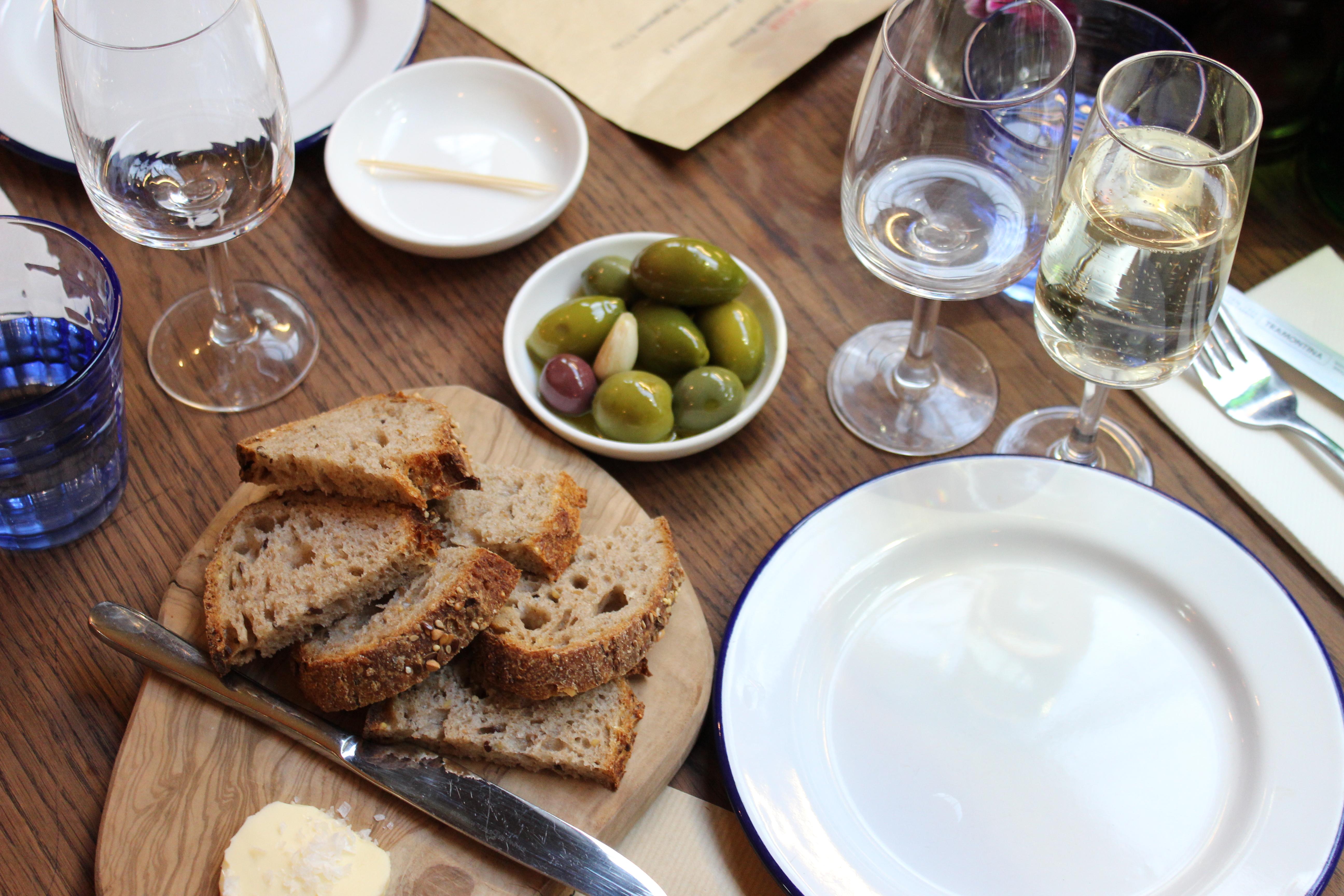 Bordelaise green olives