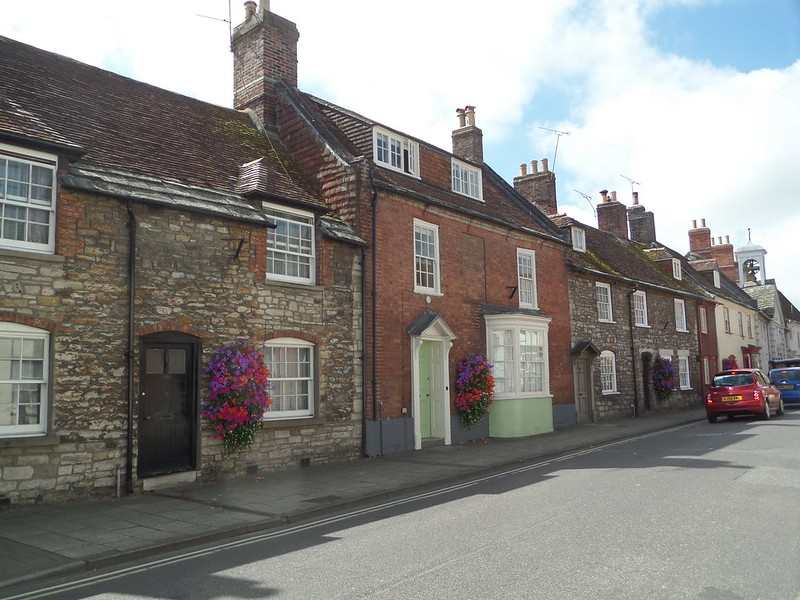 Attractive stone cottages in Wareham