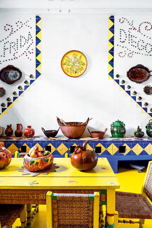 la_casa_de_frida_kahlo_en_cayoacan_mexico_226603629_800x1200