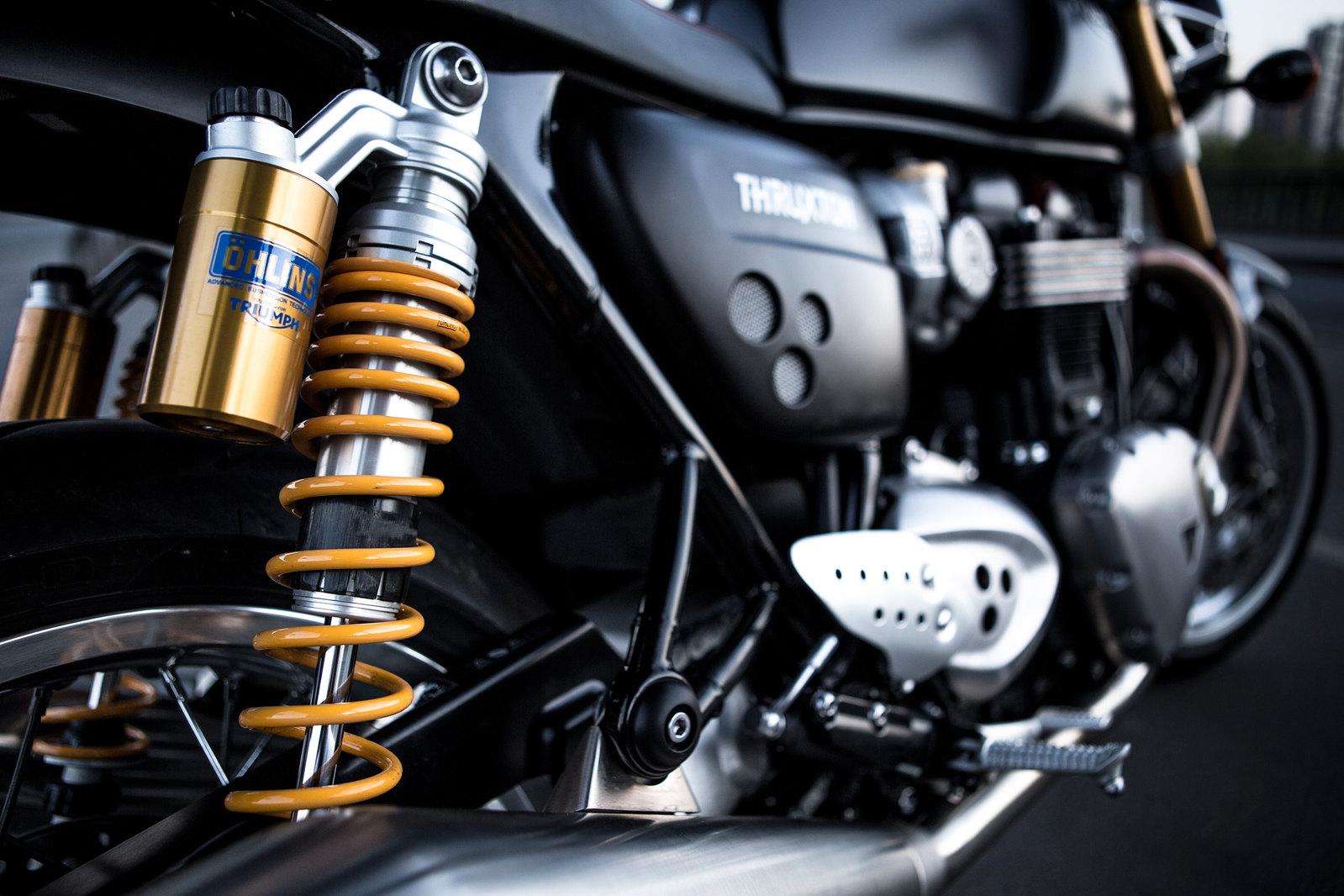 Essai-moto-Triumph-ThruxtonR (5)