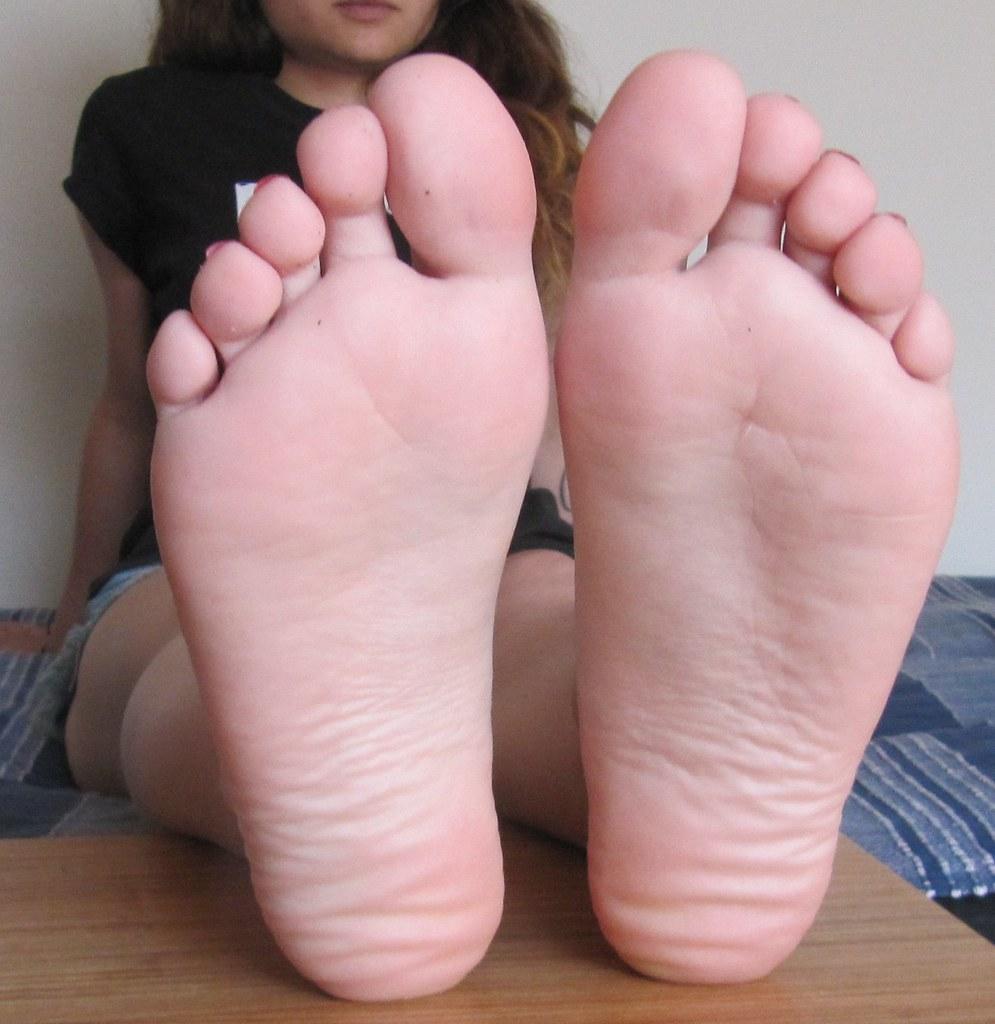 Female Foot Porn 38
