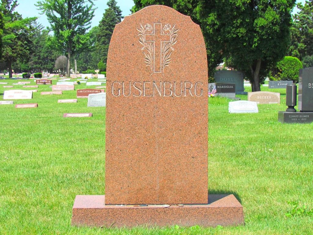 Frank Gusenberg Peter Gusenberg Grave Site St Valentine Flickr