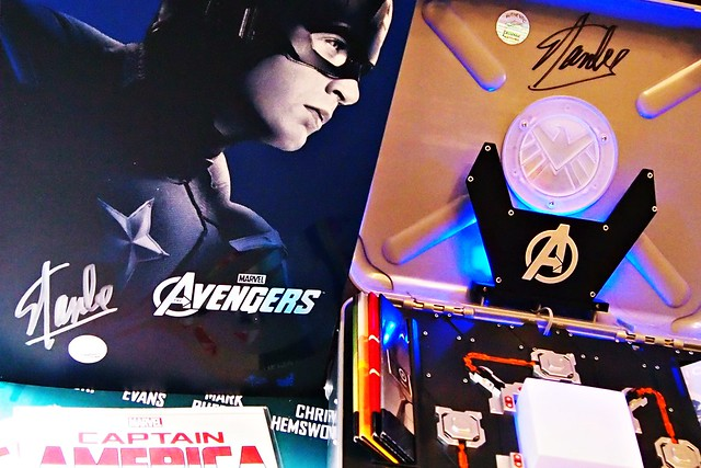 Stan Lee Signed Stuff