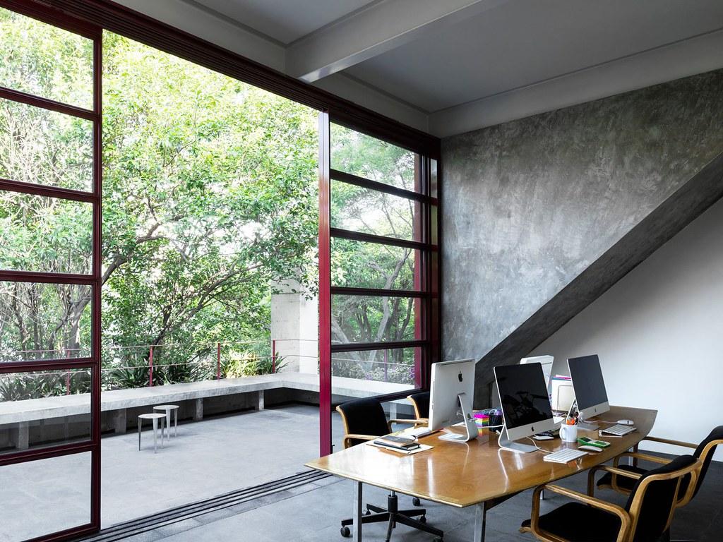 Villa renovation for Galería OMR by Mateo Riestra, José Arnaud-Bello and Max von Werz Sundeno_15