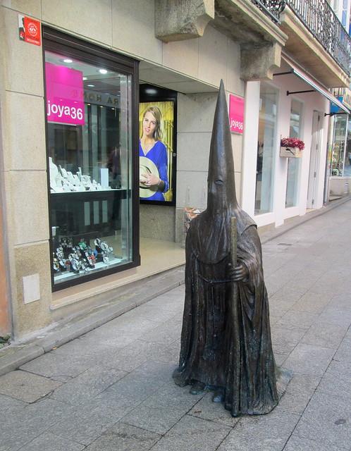 Hooded Penitent Statue, Ferroll