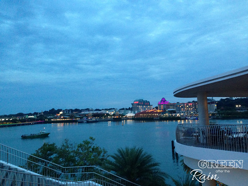 160908o Vivo City Harbor Front _17