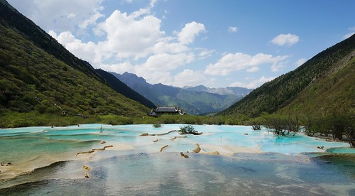Top Five Destinations to Start a Jiuzhaigou Tour - and How to Get There