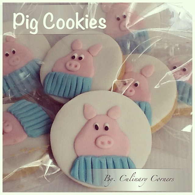 Pig Cookies Decoratedcookies Cookiesdecorating Coo Flickr
