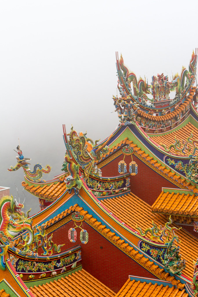 佛寺蹲獸chinese imperial roof decoration roof figures of a flickr