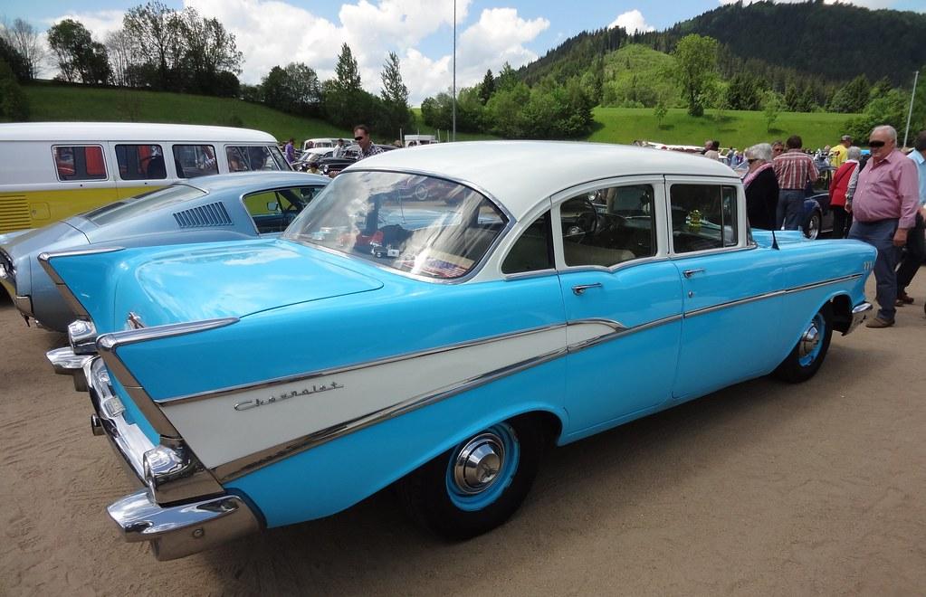 Chevrolet 210 1957 4 door sedan 5 7 v8 200 ps th 400 fo for 1957 chevy 210 4 door