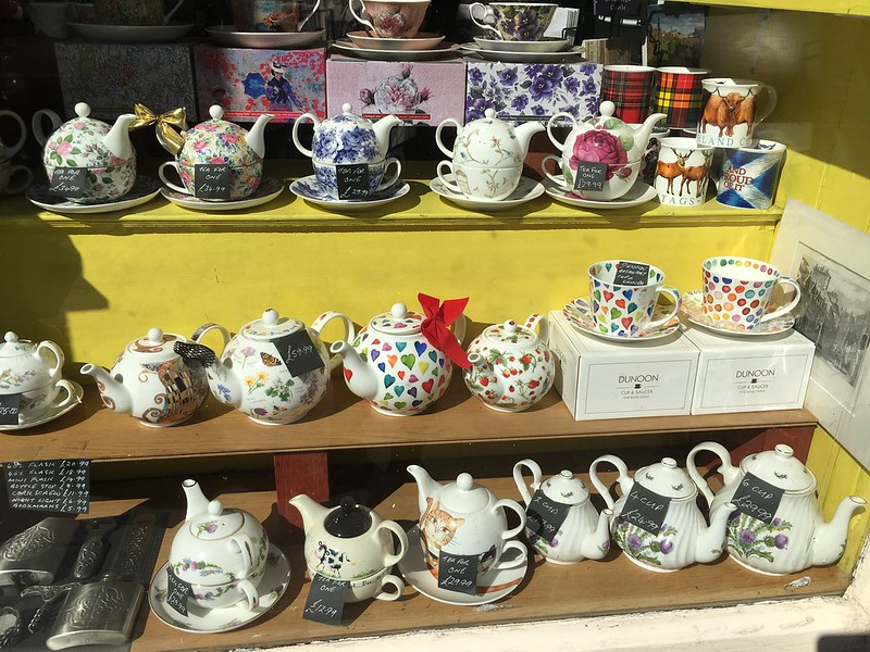 edinburgh 239 Tea pots
