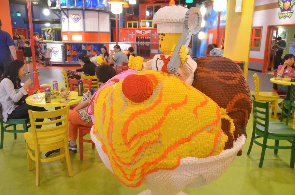 Legoland Somerville (Boston), preview weekend: Giant LEGO™… | Flickr
