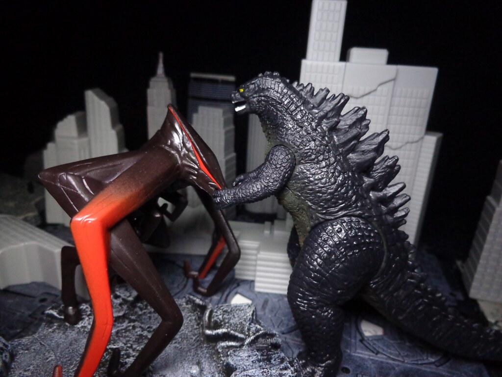 Godzilla Vs.... Godzilla Vs Muto Toy
