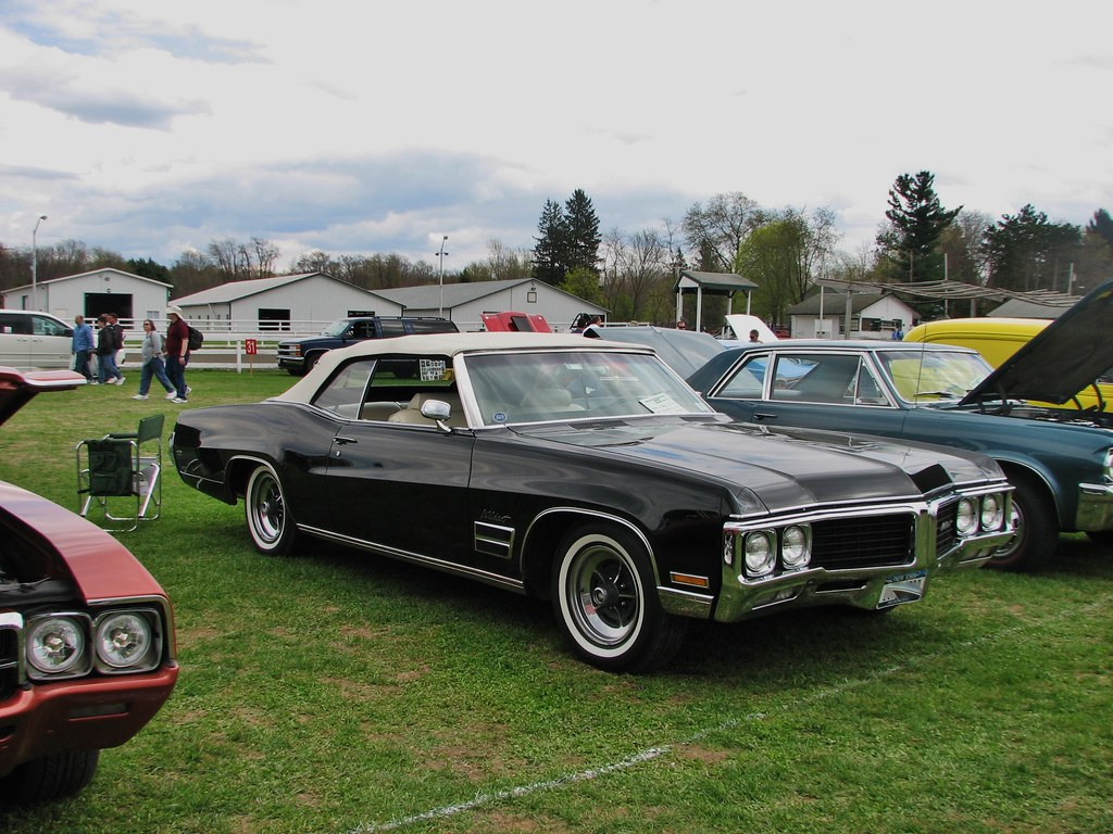 1970 buick wildcat in 2014 seen at the 2014 rhinebeck ny. Black Bedroom Furniture Sets. Home Design Ideas