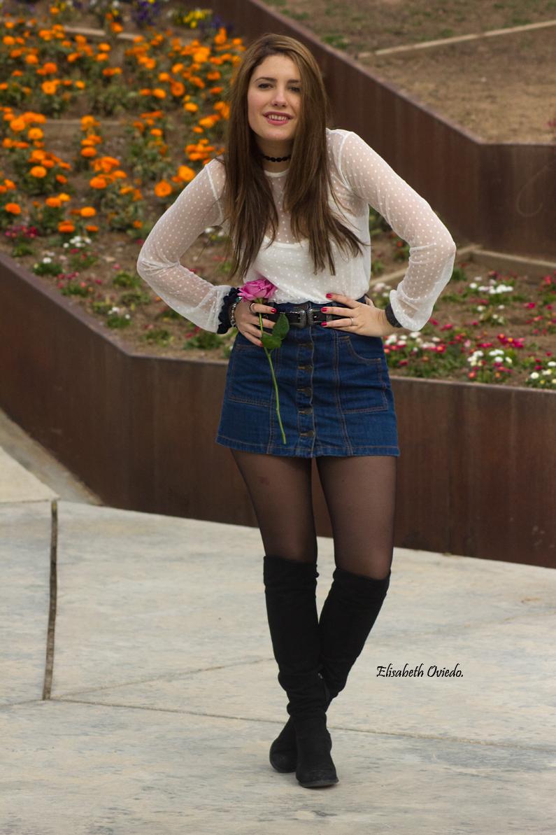 falda midi vaquera abrigo rosa zara heelsandroses botas negras stradivarius (2)