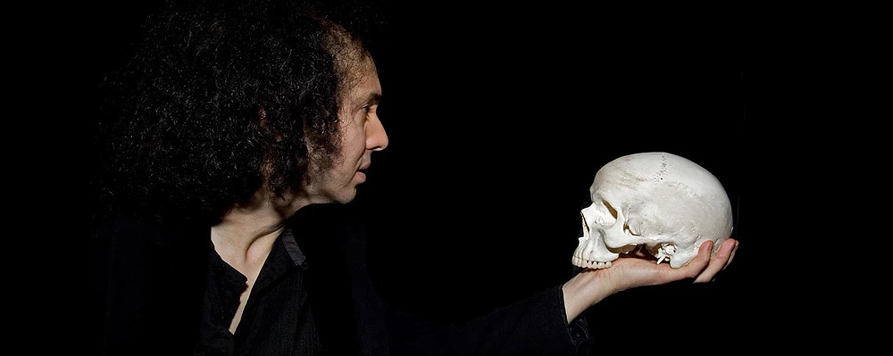REV Theatre presents 'Hamlet' during Shakespeare at the Es ...